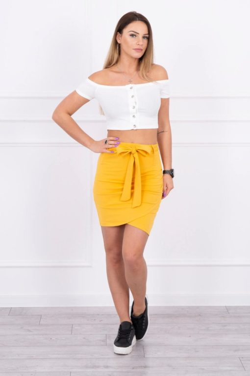 Eng Pl Wrap Skirt Tied At The Waist Mustard