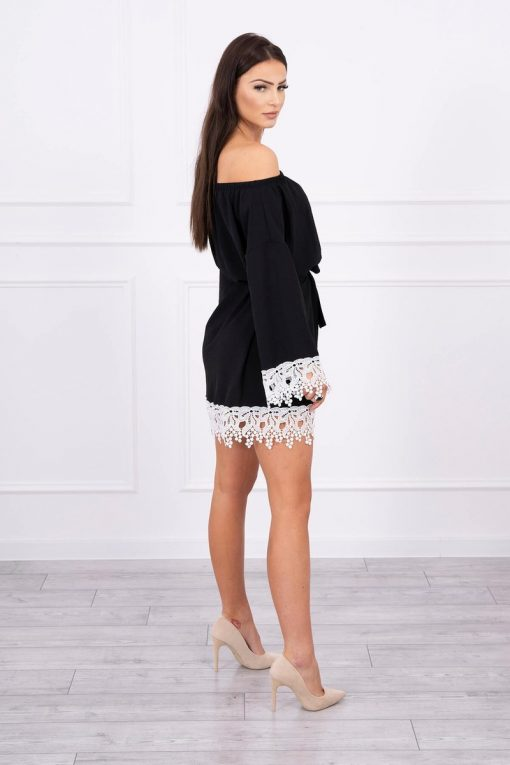 Eng Pl Dress With Lace Tied At The Waist Black